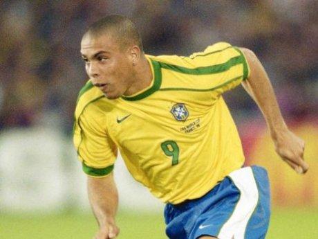 Ronaldo-quits-football